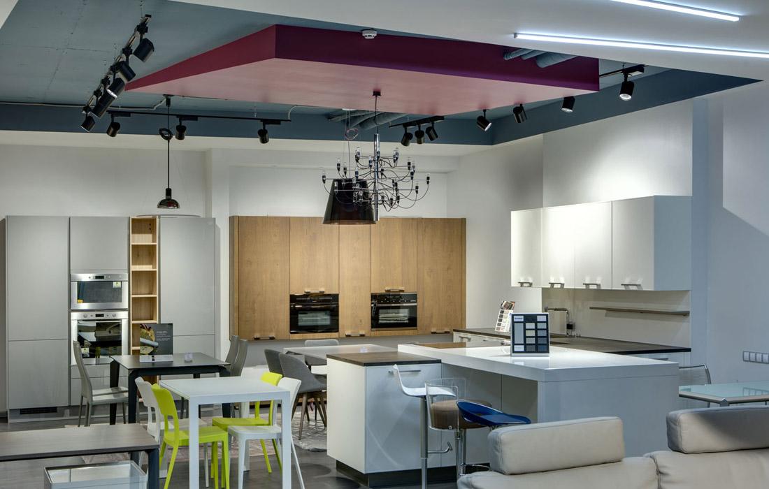 FREEDOM HOUSE - Освещение магазина мебели и декора