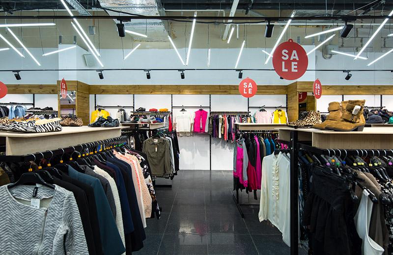 OrangeClub - освещение магазина одежды - 5