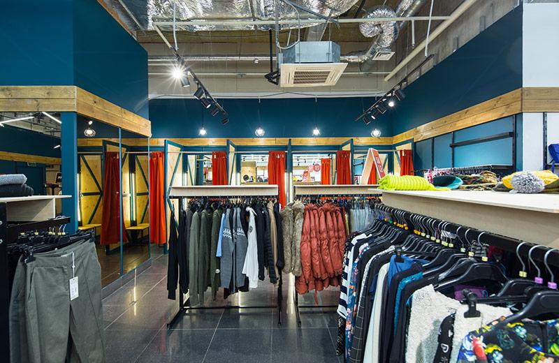 OrangeClub - освещение магазина одежды - 4