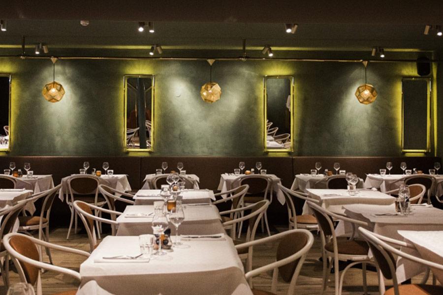 Освещение залов ресторанов