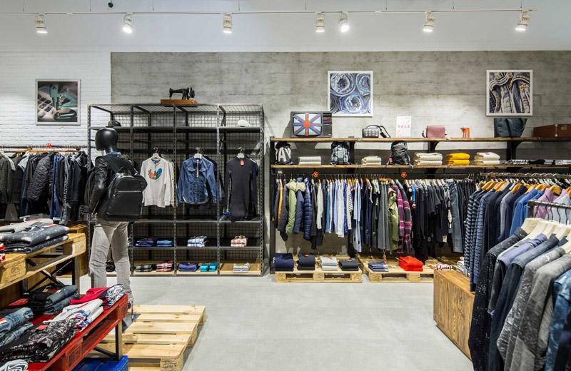 Stem - освещение магазина брендовой одежды - 5