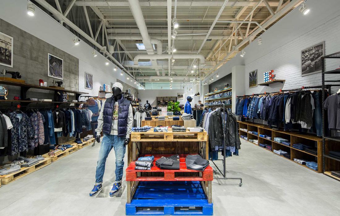 Stem - Освещение магазина брендовой одежды