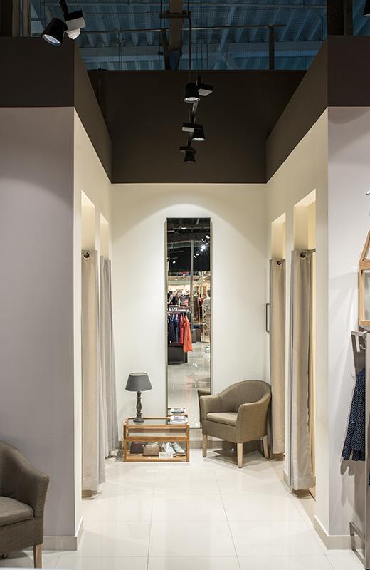 Освещение для магазина одежды - betty barclay-3