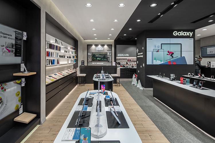 Samsung — Освещение для магазина электроники